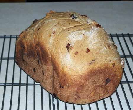 Applesauce Bread with Raisins